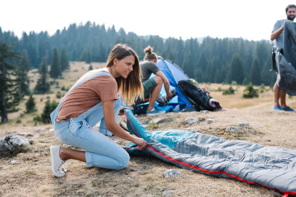 sleeping bag quilt ease of set up